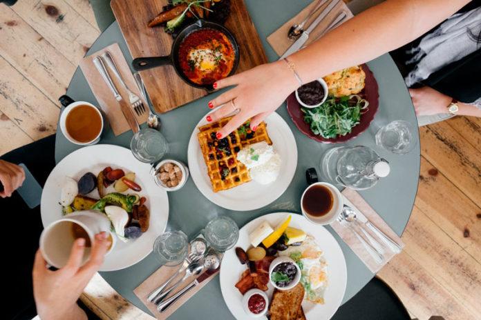 Conozca que alimentos pueden acelerar el envejecimiento, según expertos - Itagüí Hoy
